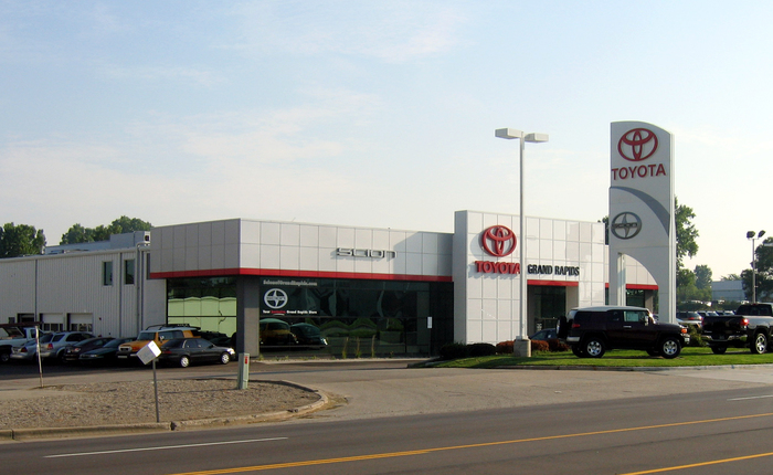 Toyota Grand Rapids >> Toyota Of Grand Rapids Projects Pioneer Construction